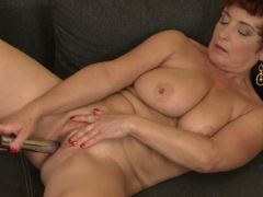 Busty cougar jesica hot toys her hungry mature twat
