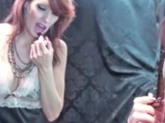 Kinky milf shanda fay masturbates in stockings