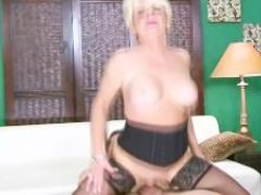 Hot plus granny getting creamed