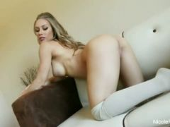 Nicole aniston masturbates her pussy