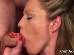 Foxy babe gets jizz shot on her face eating all the juice