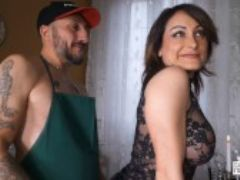 Casting alla italiana hard ass fuck for squirting babe in italian casting