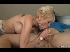 Milf lets young guys put his boner in her mouth
