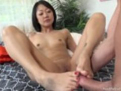 Saya song wraps perfect asian toes around coc