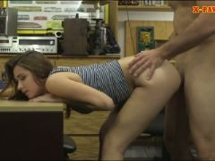 Cute amateur brunette babe railed by nasty pawn keeper