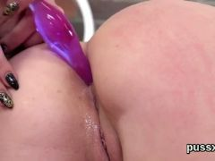 Cuddly czech chicks gape their asses with anal plug and big dildos