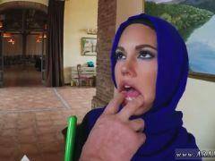 Arab slut teen i offer job for her till she can meet mine boss