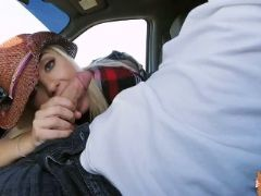 Jade amber peachy pussy gets banged in a strangers car