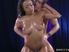Anya ivy in it s raining anya full zzerz com