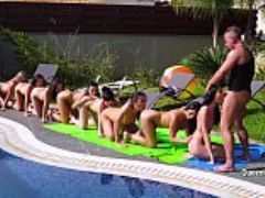Lucky man fuck in throat kira queen and her girlfriends at the pool